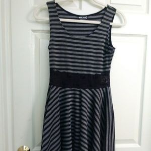 Wet seal short dress size large